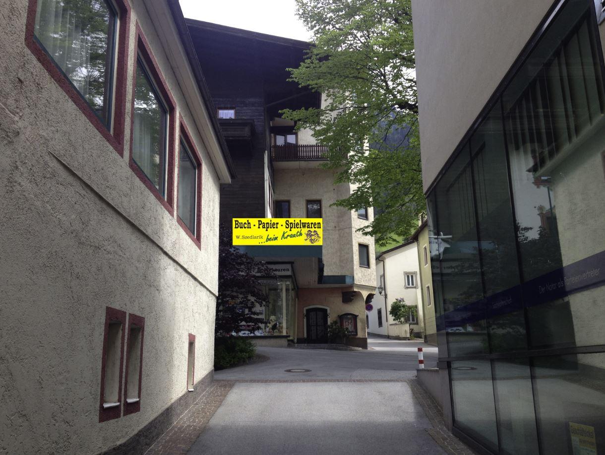 Eingang Buch Papier Spielwaren W. Szedlarik beim Krauth, Pfarrgasse Bad Hofgastein