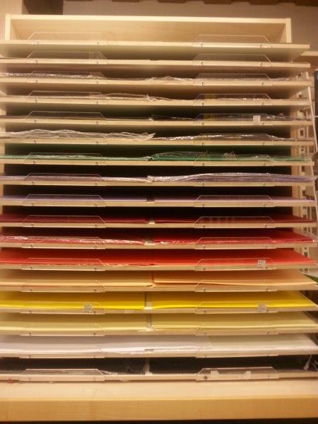 Plakatkarton, Naturpapier, Bastelwellpappe uvm.